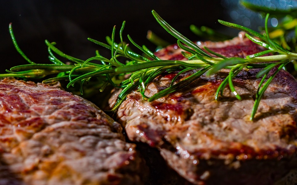 Steak Gebratenes Kippbratpfannen